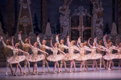 A scene from The Nutcracker by The Royal Ballet @ Royal Opera House. (Created 16-12-15) ©Tristram Kenton 12/15 (3 Raveley Street, LONDON NW5 2HX TEL 0207 267 5550  Mob 07973 617 355)email: tristram@tristramkenton.com